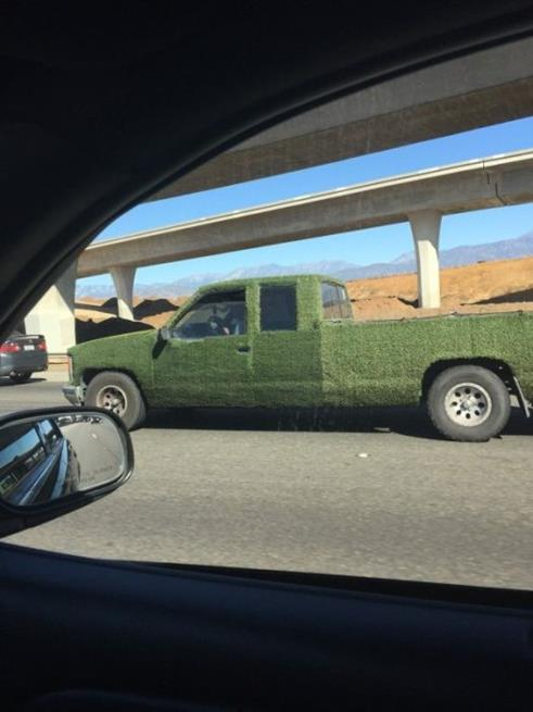 bizarre_cars_02