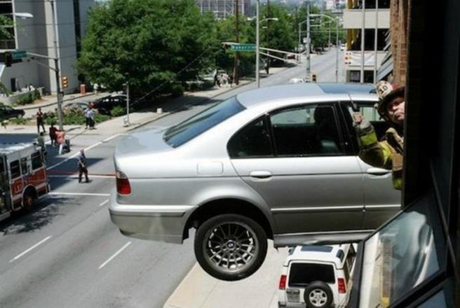 strange_car_accidents_15
