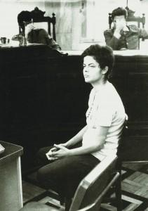 Dilma é interrogada no tribunal militar em 1970, aos 22 anos