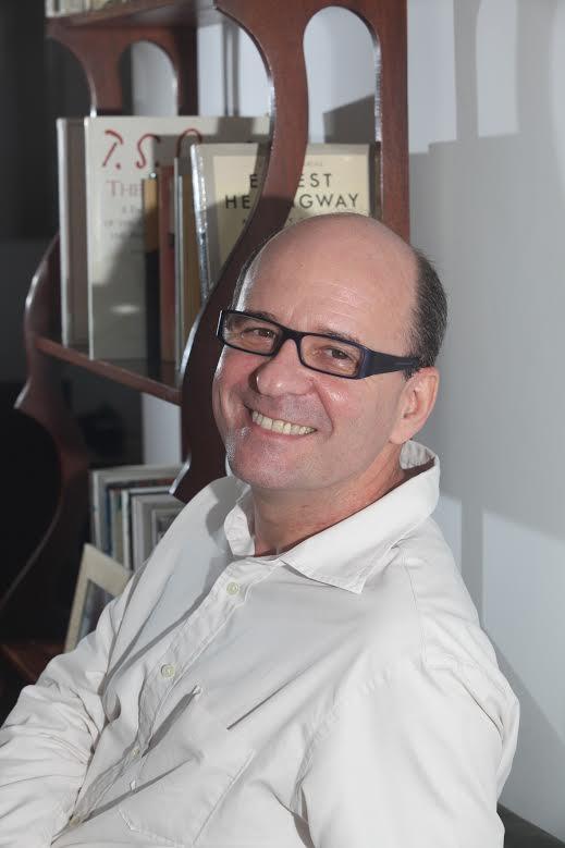 O escritor Luiz Ruffato. Crédito: Márcia Zoet