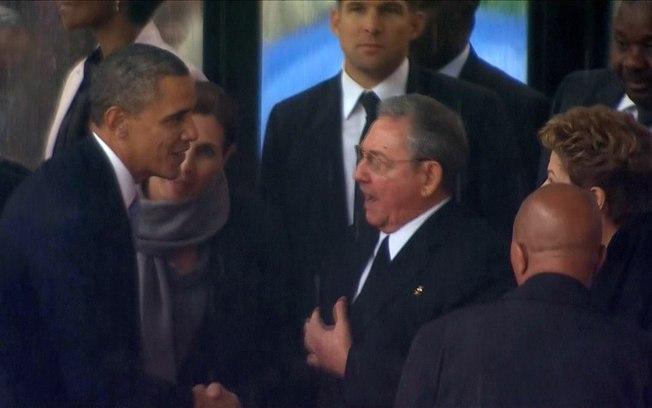 Os presidentes Barack Obama e Raúl Castro