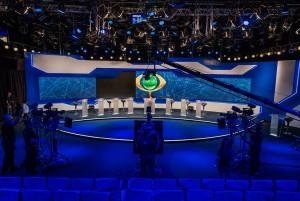 O estúdio da Band, durante o debate (Foto: Divulgação/TV Bandeirantes)