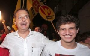 Eduardo Campos e o filho João (Foto: Reprodução)