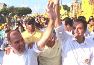 O candidato ao Senado, Fernando Bezerra Coelho, e o candidato a governador, Paulo Câmara (PSB-PE). Foto: Divulgação