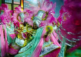 Baiana da Mangueira, em desfile de 1998. Foto: Divulgação