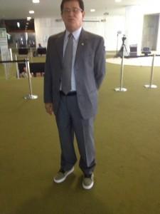 O senador Alfredo Nascimento, circulando no Salão Verde da Câmara dos Deputados
