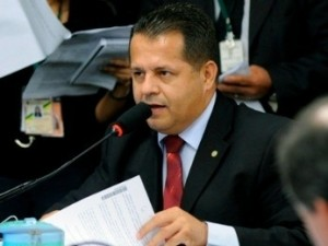 O vice-líder do PROS na Câmara, Valtenir Pereira. (PROS-MT). Foto: Agência Câmara.