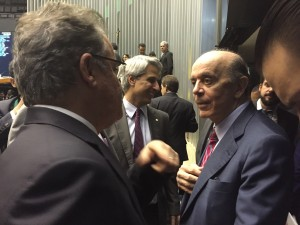 Serra na Câmara é recebido por petistas, contrários a redução da maioridade penal (Luciana Lima)