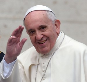 Papa Francisco manda mensagens aos brasileiros