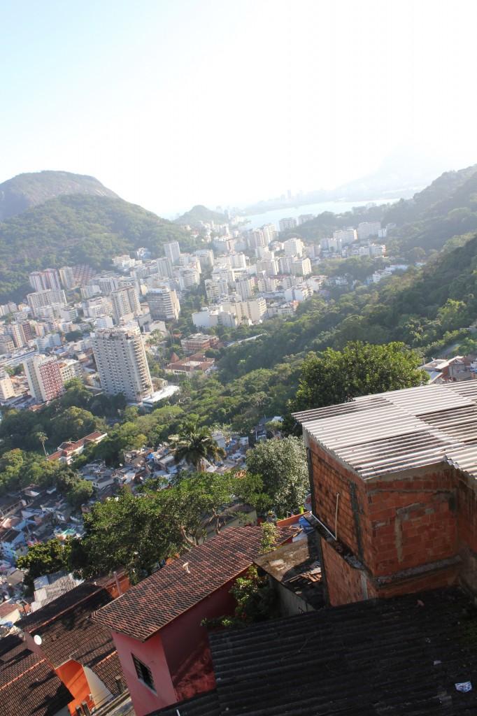 Vista da favela Santa Marta