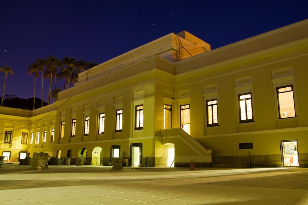 O pátio interno da Casa Daros sob reforma (foto: Fabio Caffé/divulgação)