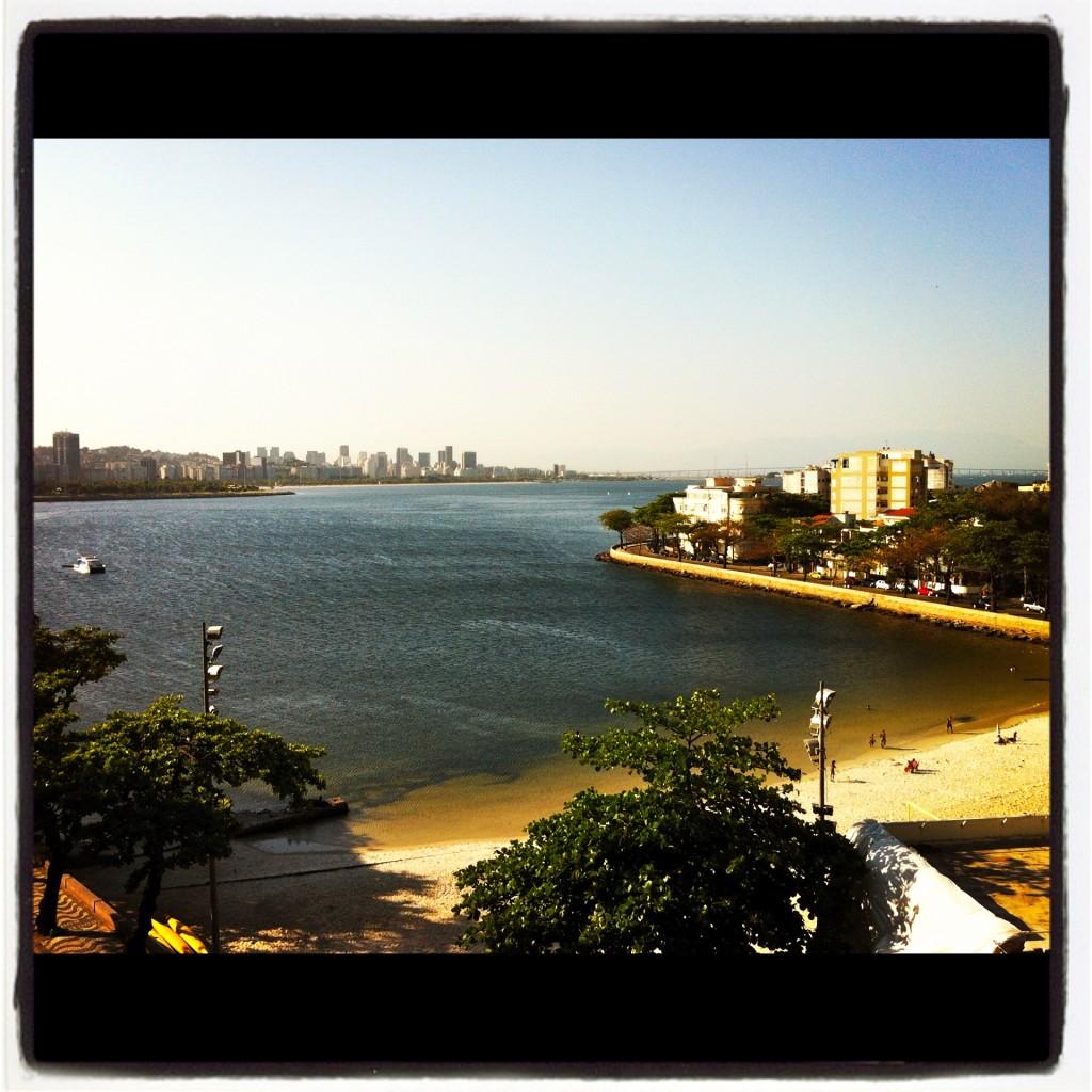 A praia da Urca vista da varanda do Instituto (foto: Luiz Antonio Ryff)