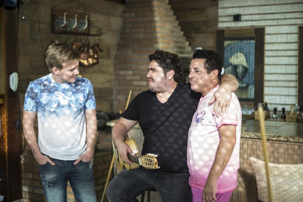 Michel Teló com César Menotti e Bruno (Foto: Divulgação)