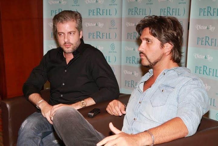 "Victor e Leo lança coletânea ""Perfil"" (Foto: Rosa Marcondes)"