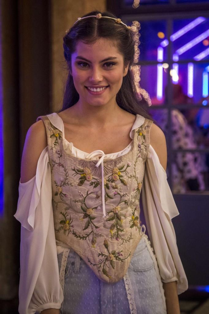 Bianca (Bruna Hamu) como Julieta. Crédito: Globo/Paulo Belote