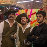 Marcão (Jean Amorim), Zé (Bruno Fraga) e Cobra (Felipe Simas). Globo/Paulo Belote