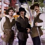 Os três mosqueteiros Zé (Bruno Fraga), Marcão (Jean Amorim) e Duca (Arthur Aguiar). Globo/Ellen Soares