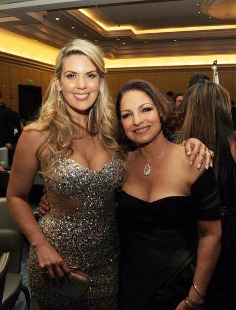 Isa Souza, apresentadora e chef brasileira nos EUA, e Gloria Stefan