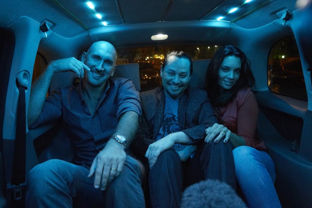 Nalbert e Amanda Lee também foram convidados para o táxi-night. Crédito: Divulgação/Multishow