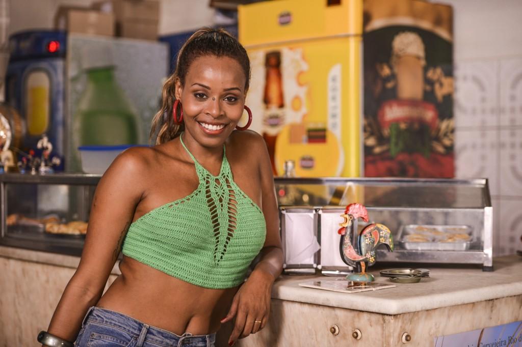 Robertinha como Sonia. Crédito: Páprica Fotografia