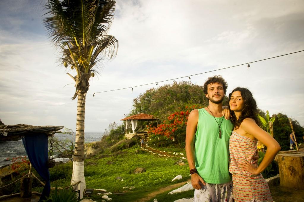 Jayminho e Maria Flor em Noronha. Crédito: João Miguel Júnior/Globo