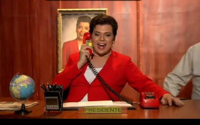 Gustavo Mendes abandona imitação de Dilma Rousseff