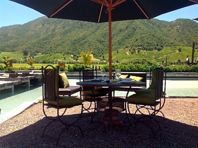 Da série a vida vale a pena num lugar assim: área externa do restaurante da Viña Montes