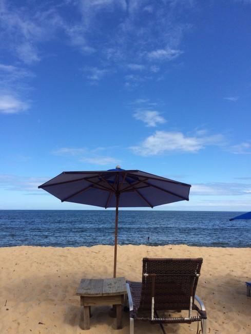 Verão, calor, sol, praia. O que falta nesta foto? Uma garrafa de espumante!