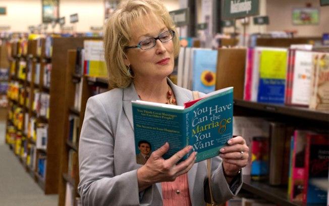 Se Chuck Norris não salva, Meryl Streep tem o poder de gerar buzz em um versão feminina do filme. Mas ela toparia?  (Fotos: divulgação e getty)