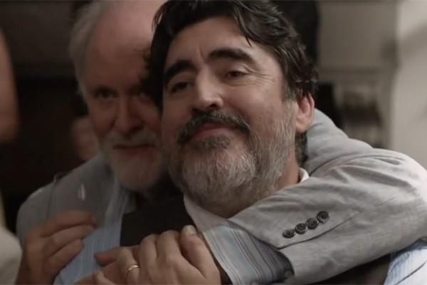 """""""O amor é estranho"""": um reposicionamento na abordagem do preconceito em filmes com personagens gays"""