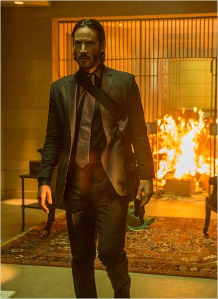 """Keanu Reeves, sem meias palavras, em """"De volta ao jogo"""""""