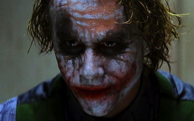 """O coringa de Heath Ledger (""""Batman - O cavaleiro das trevas"""")"""