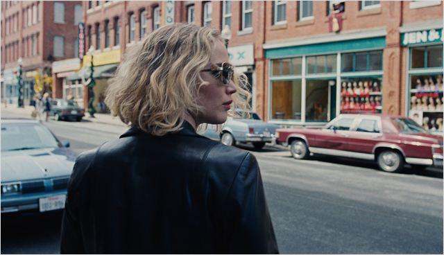 """Cena de """"Joy"""": a personagem é boa, mas merecia um filme melhor (Foto: Divulgação)"""