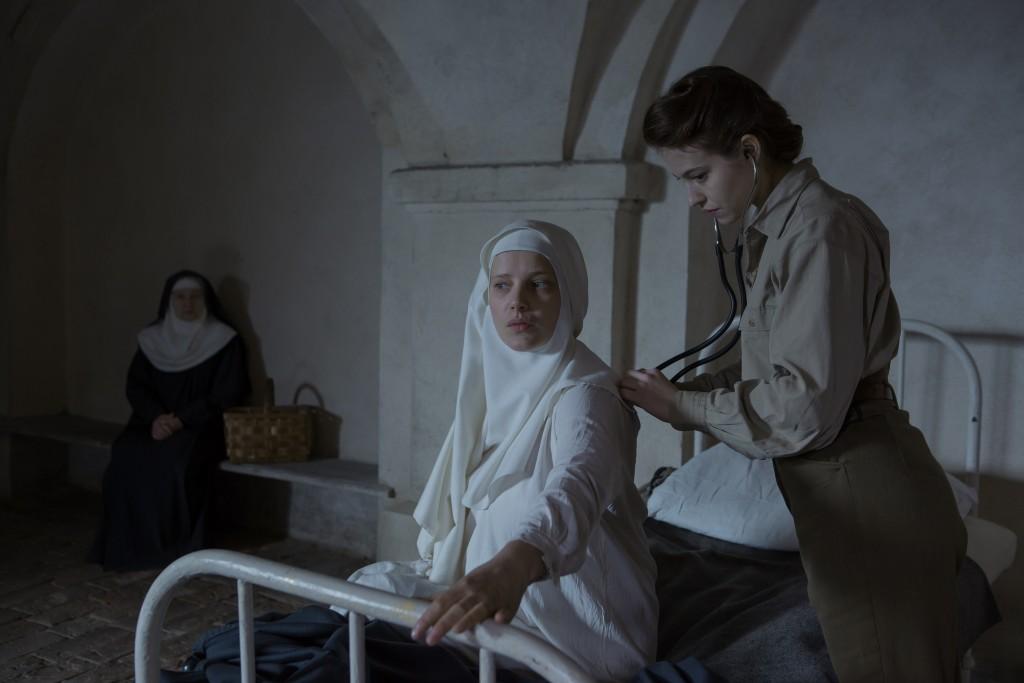 """Cena de """"Agnus Dei"""", novo da cineasta Anne Fontaine: Freiras prestes a dar à luz (Fotos: divulgação)"""