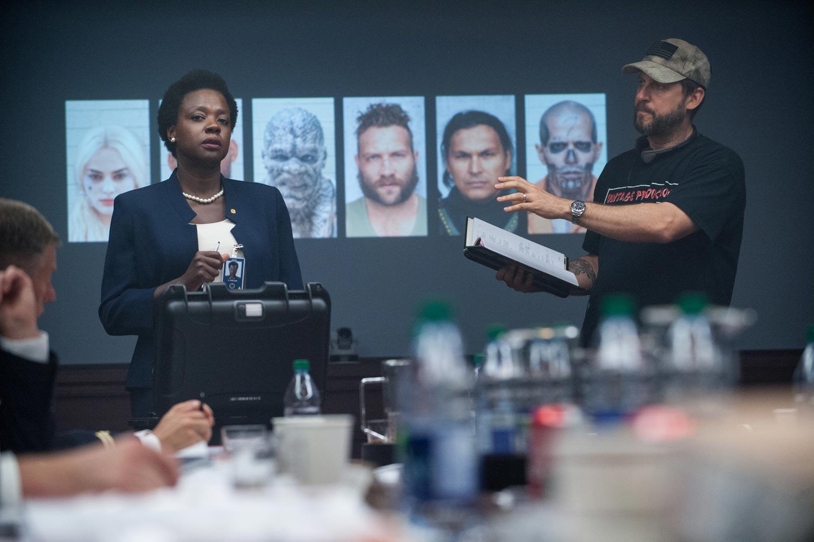 """O diretor David Ayer no set de """"Esquadrão Suicida"""""""