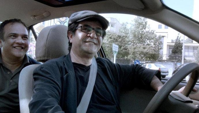 """Cena de """"Táxi Teerã"""""""