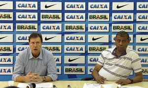 José Antônio Fernandes, presidente da CBAt (esq.) e Antonio Carlos Gomes, superintendente de Alto Rendimento