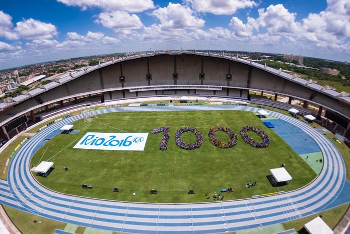 Número 1.000 formado no Estádio Mangueirão, em Belém (PA),  por atletas que disputam os Jogos Escolares da Juventude