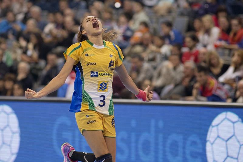 A brasileira Alexandra Nascimento já marcou 48 gols no Mundial de handebol