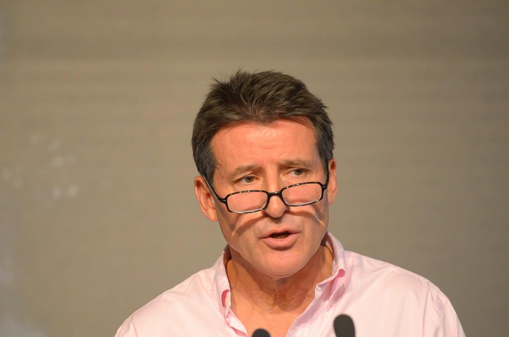 Sebastian Coe discursa em seminário no Rio e minimiza caso de espionagem