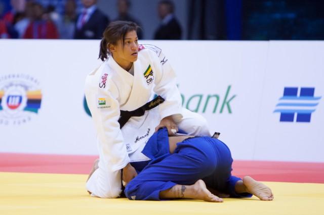 Sarah Menezes não lutou bem e foi eliminada logo em sua primeira luta no Mundial de judô