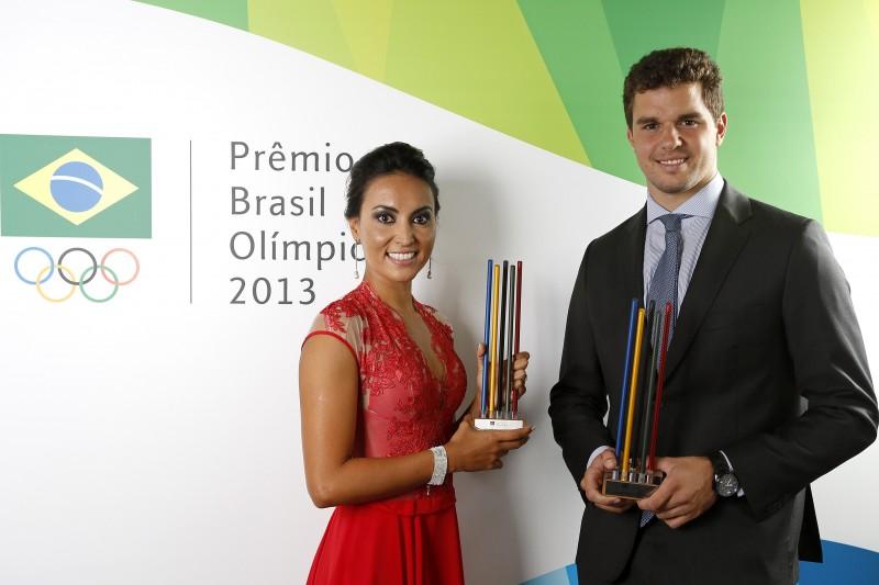 Poliana Okimoto, da maratona aquática, e Jorge Zarif, da vela, foram os melhores atletas de 2013