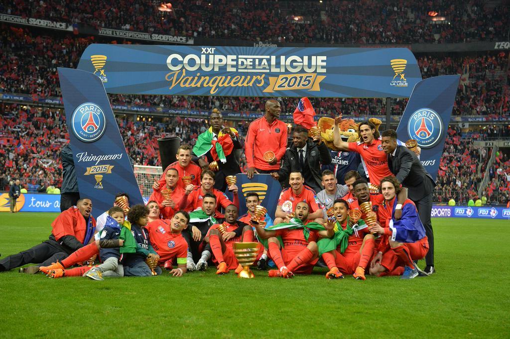 883983f993 O PSG chegou ao Stade de France hoje com uma possibilidade única para um  clube francês na temporada