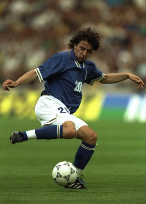 4fcb03615b Del Piero marcou o último gol da Itália contra o Brasil (Foto  Getty Images