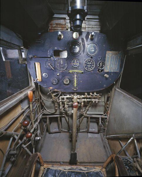 cockpit_14