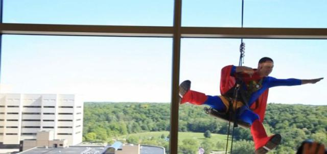 superhero_windows_cleaners_09