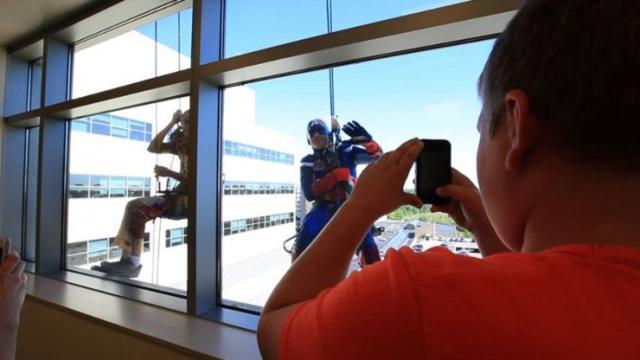 superhero_windows_cleaners_10