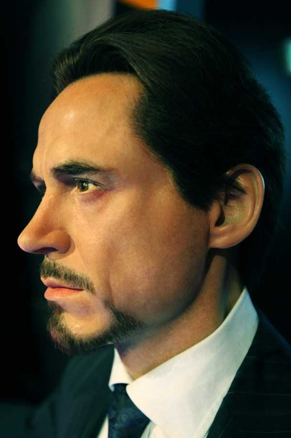 hollywood-stars-lifelike-wax-figures-9
