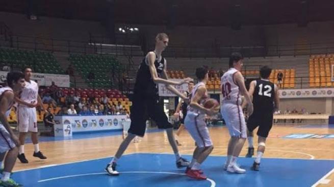 jogador_basquete