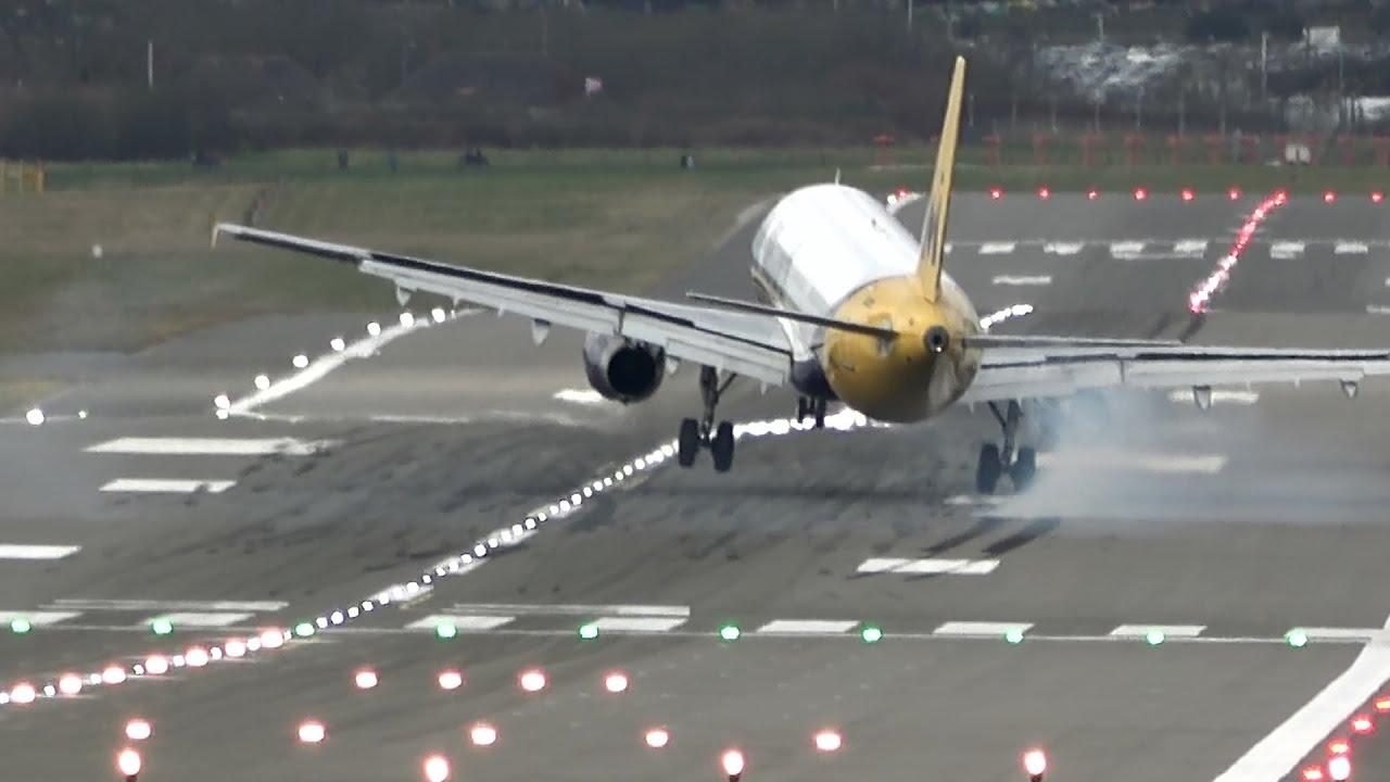 aviao-pousando